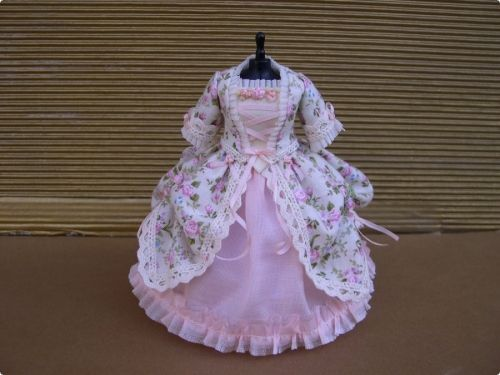Photo of Signature Inside – Doll Clothes & Accessories