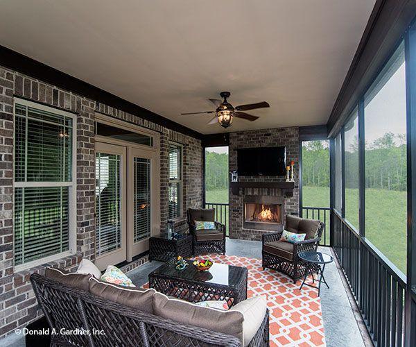 1310 Rear porch b