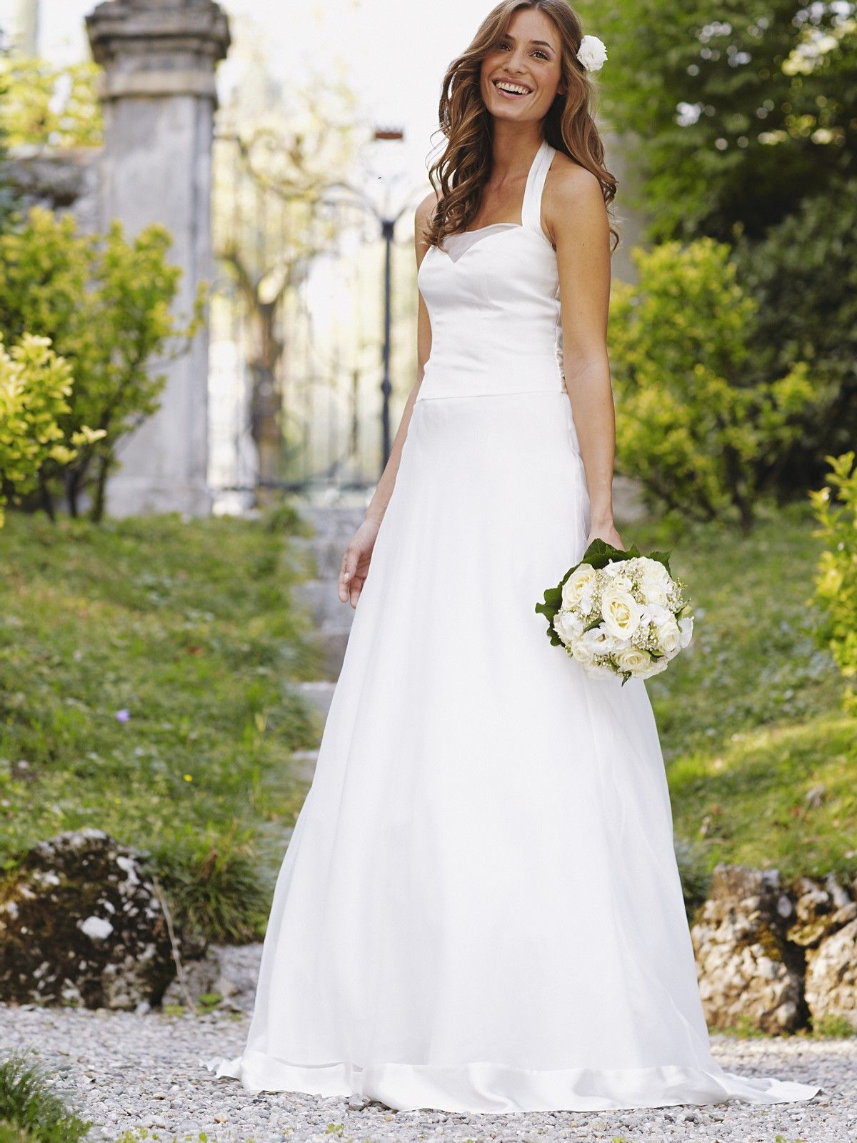 Halter style wedding dresses  cute dress Chelsea Pelzel  Wedding ideaus  Pinterest  Halter