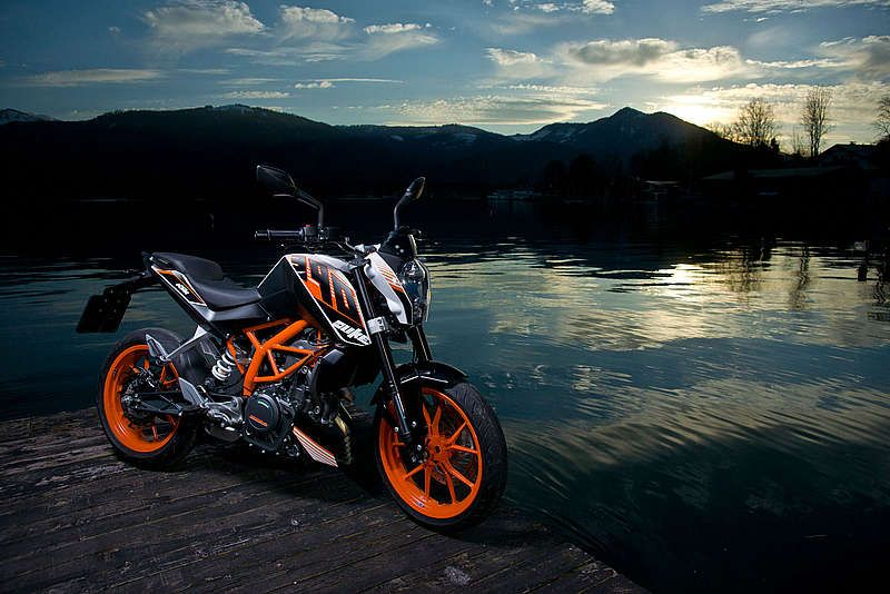 The 390 Duke Is Electric Starter And 6 Speed Claw Shifted Transmission Ktm Ktm Duke Ktm Duke 200 Ktm bike new wallpaper hd
