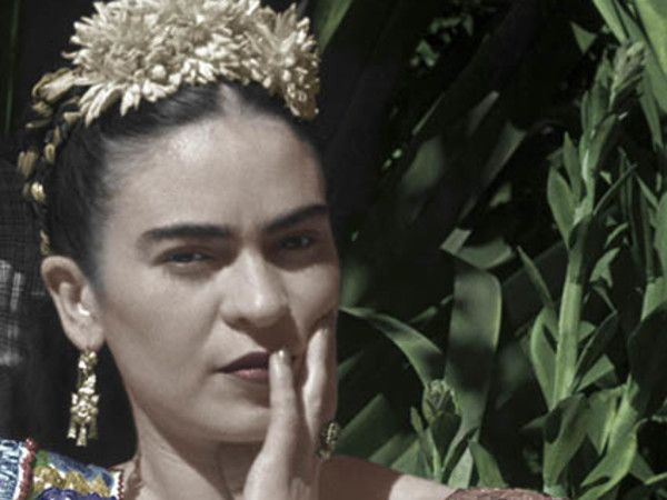 "Frida Kahlo. Fotografie di Leo Matiz. ©Eva Alejandra Matiz and ""The Leo Matiz Foundation"""