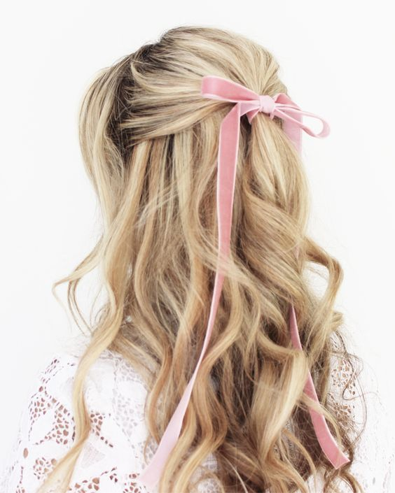16 Pretty Ribbon Hairstyles From Pinterest Hair Styles Long Hair Styles Hair Beauty