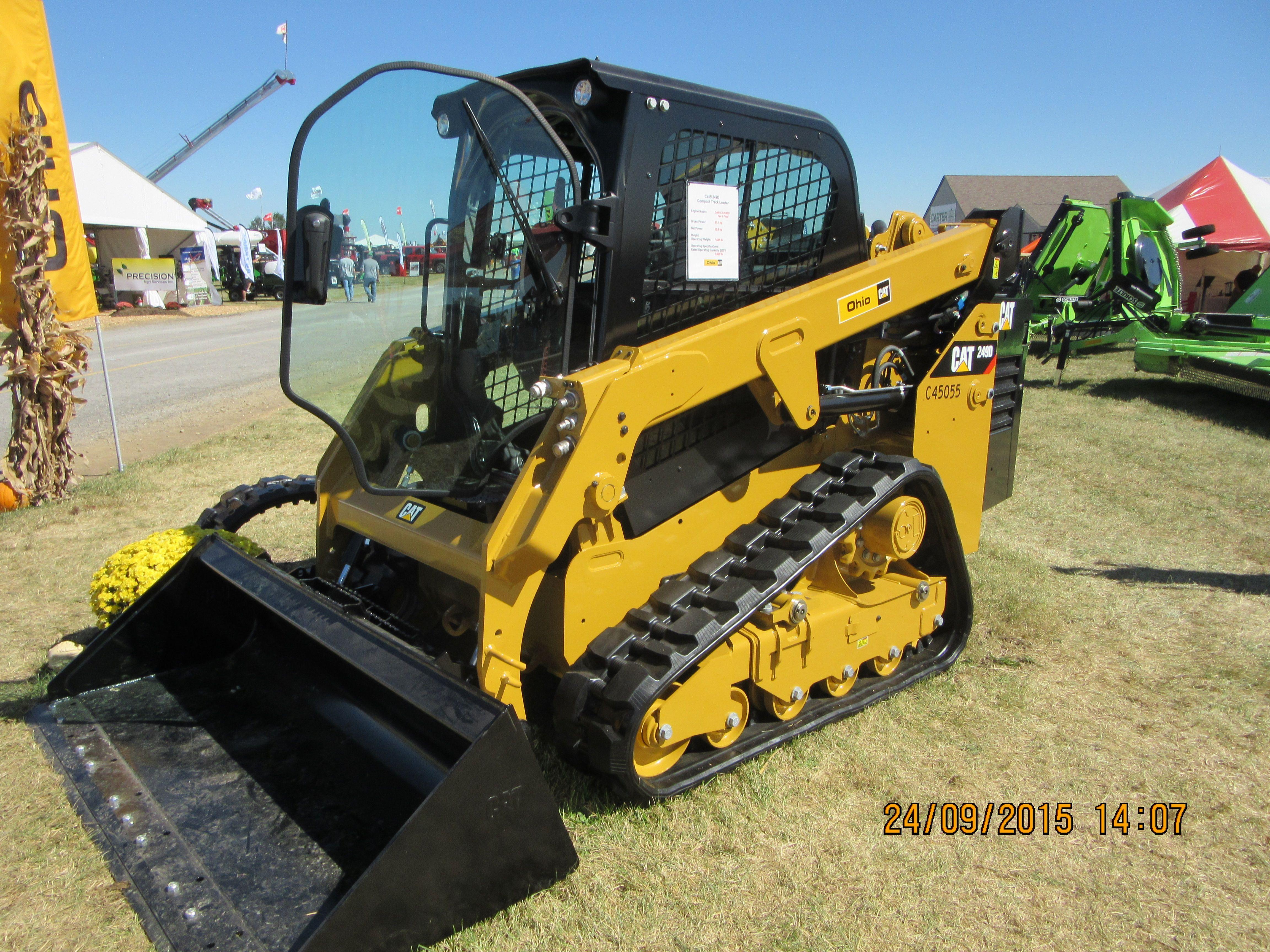 Caterpillar 249D Construction equipment, Heavy equipment