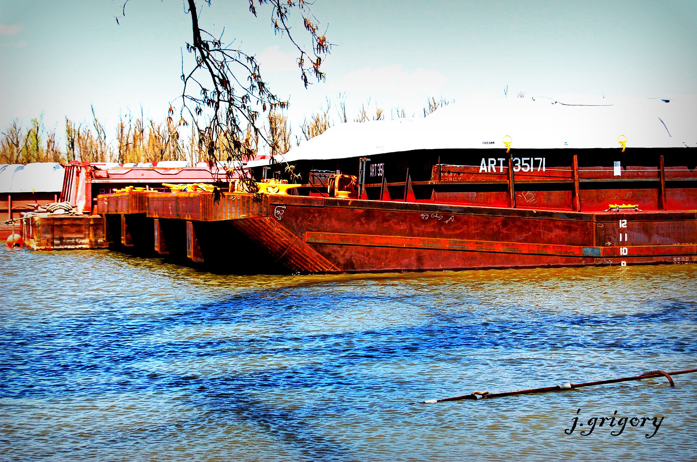 Barges In Caruthersville