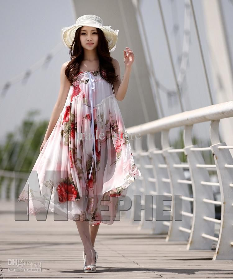 e3e7268ebbe Literally in love with this whole look.  bohochic  floral Stylish Dresses