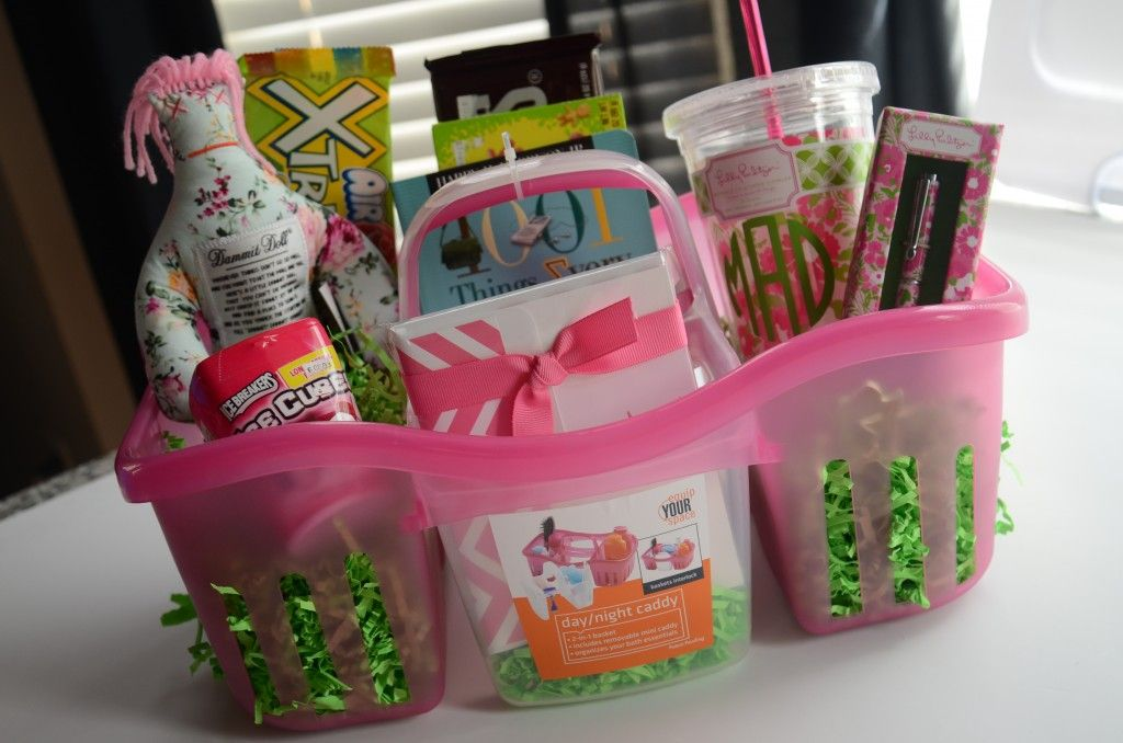 Girly, fun grad gifts! So cute! | The Pretty Pinhead | Pinterest ...