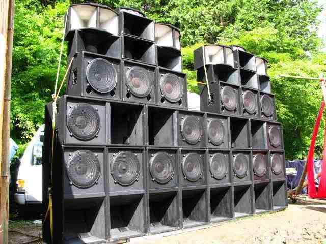 classic sound system set up in jamaica sound systems in 2019 subwoofer speaker audio. Black Bedroom Furniture Sets. Home Design Ideas