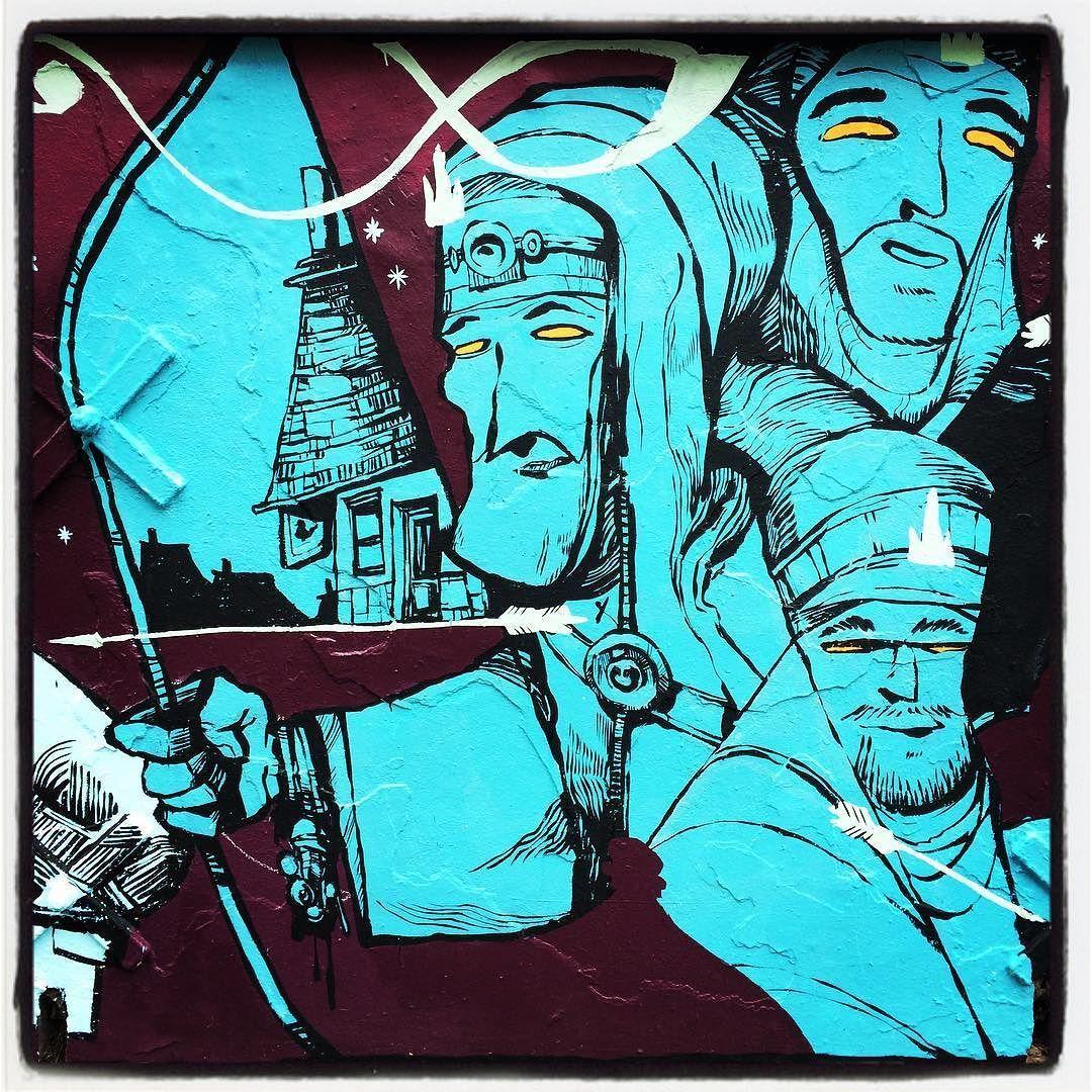 La Princesse Grenouille vue en un mur de 40m par Rétro graffitism @ Paris  Photo : Lionel Belluteau Plus de photos très bientôt sur http://ift.tt/YMhG58  @retrograffitism #retrograffitism #graffiti #retro #paris #parisgraffiti #urbanart #wallpainting #artazoi #art_azoi #urbanartparis #graffuturism #unoeilquitraine #streetart #art #lionelbelluteau @unoeilquitraine