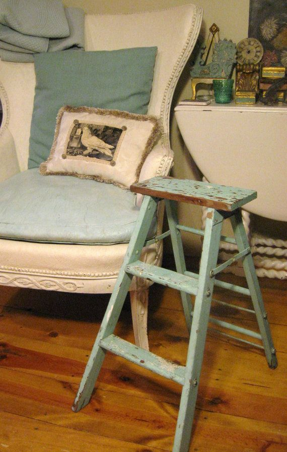 shabby aqua vintage wooden ladder home decor cottage chic lol i have this ladder on garage. Black Bedroom Furniture Sets. Home Design Ideas