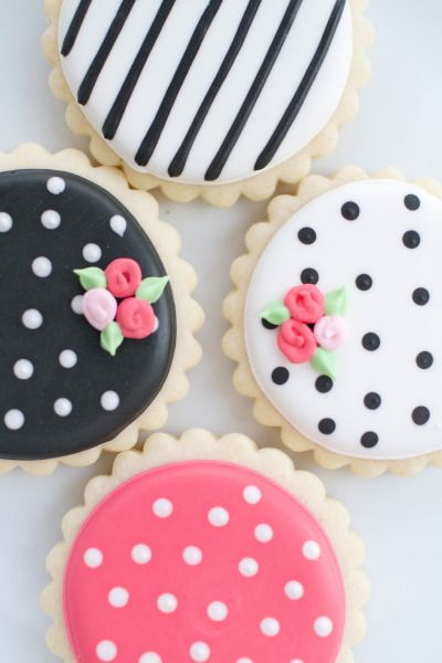 The prettiest cookies ever: http://www.stylemepretty.com/virginia-weddings/2015/05/12/modern-inspiration-for-a-spring-wedding-shower/   Photography: Amy Nicole - http://www.photographybyamynicole.com/