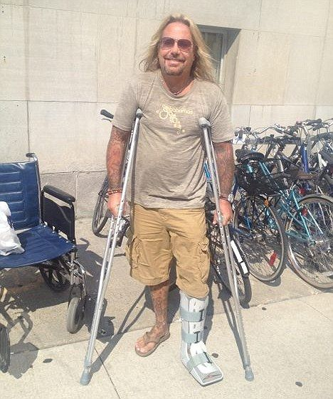Motley Crue Lead Singer Vince Neil Broke His Foot On Stage