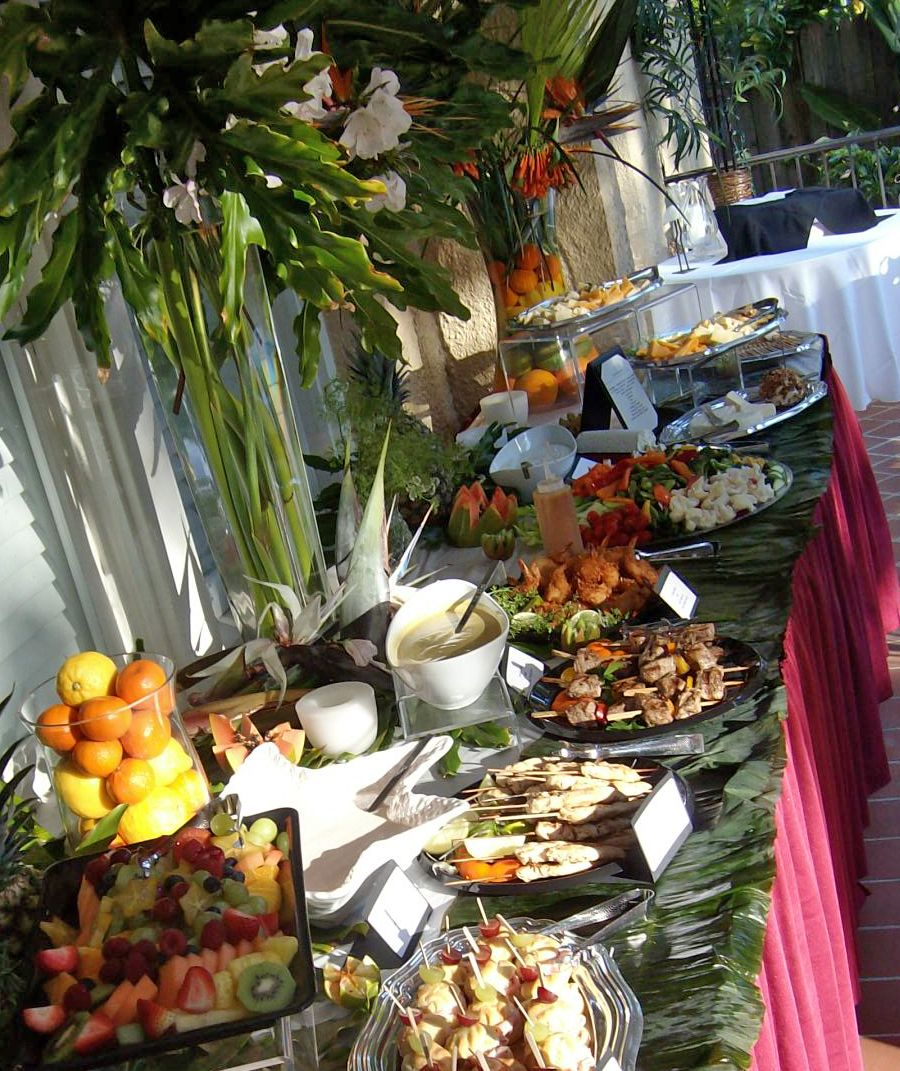 Images Of Luau Table Settings Dining Outdoors In Florida