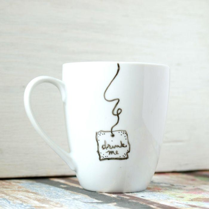 le mug personnalis en 80 id es cr atives embellissez. Black Bedroom Furniture Sets. Home Design Ideas