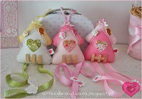 Fofinhas estas casinhas, para manter os ganchinhos das meninas arrumadinhos !