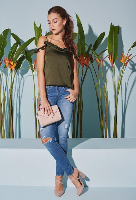 Ropa Jeans Y Accesorios De Moda Para Mujer Ela Moda Moda Para Mujer Ropa