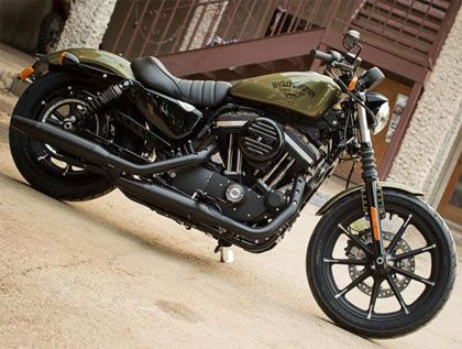 2016 Harley Davidson Iron 883 In Metallic Olive Green A Serious Contender For My Next Bike Motos Tanques