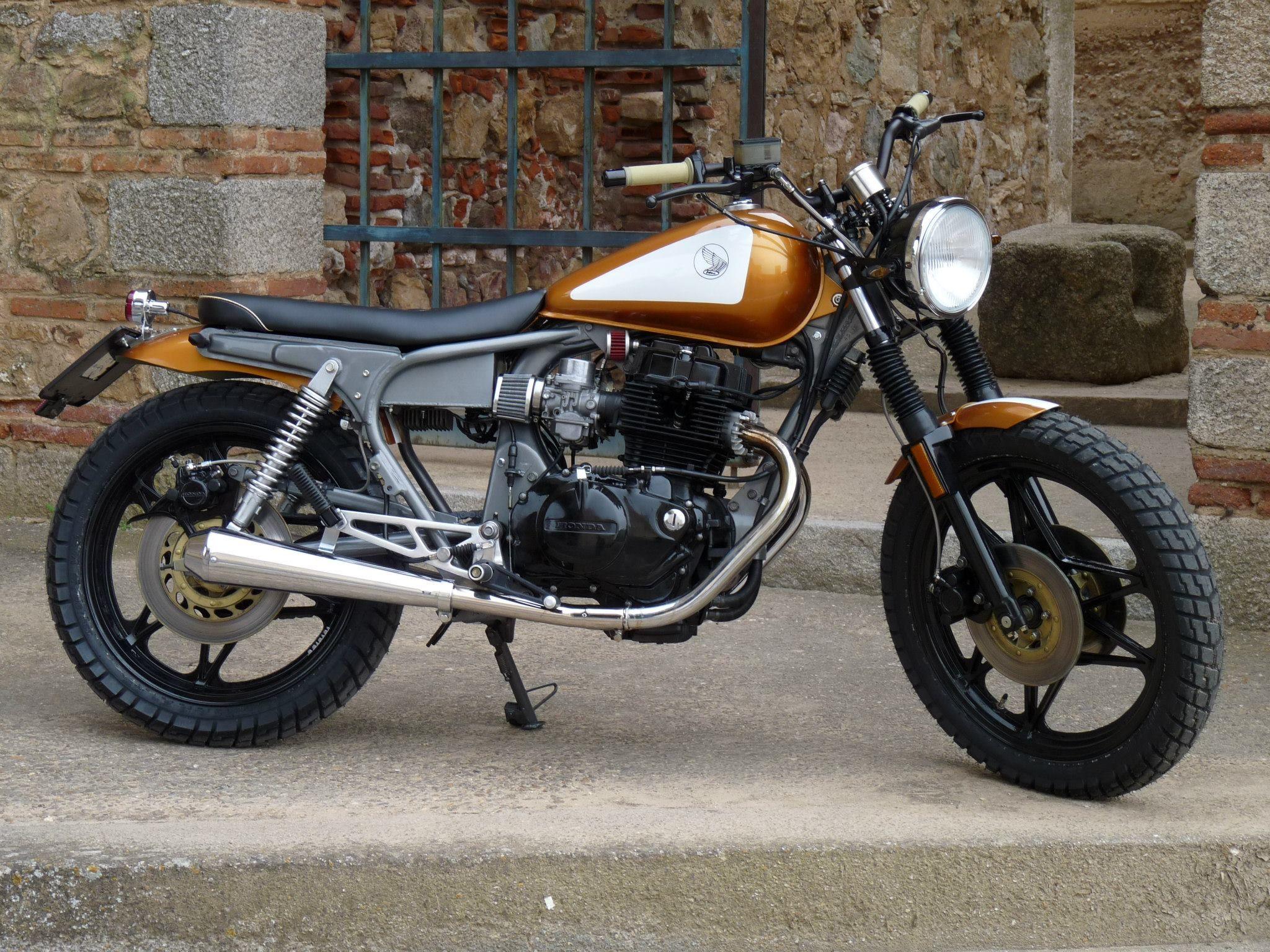 Honda Cm400t Cb400t Rad Custom Cafe Build 12 Jpg 2 048 1 536 Pixels Honda Cb Cafe Racer Honda Cafe Racer Motorcycle [ 1536 x 2048 Pixel ]