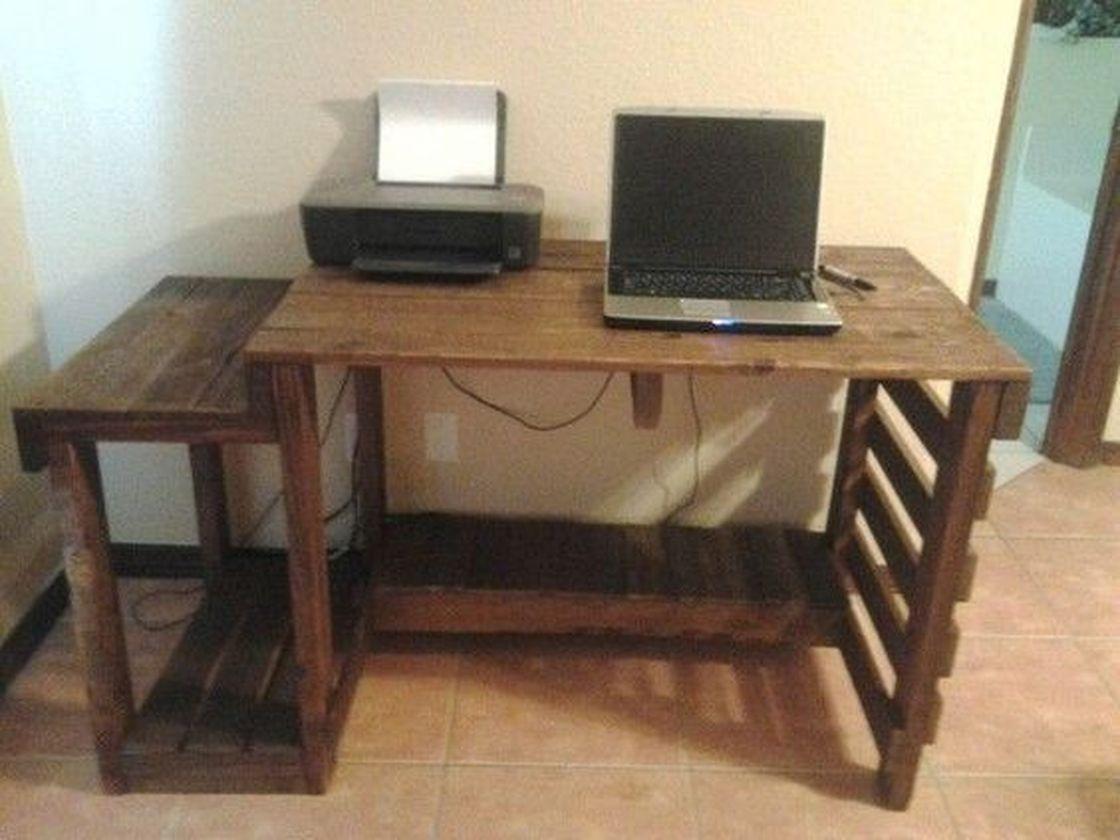 Hugedomains Com Pallet Furniture Plans Pallet Furniture Pallet Furniture Desk