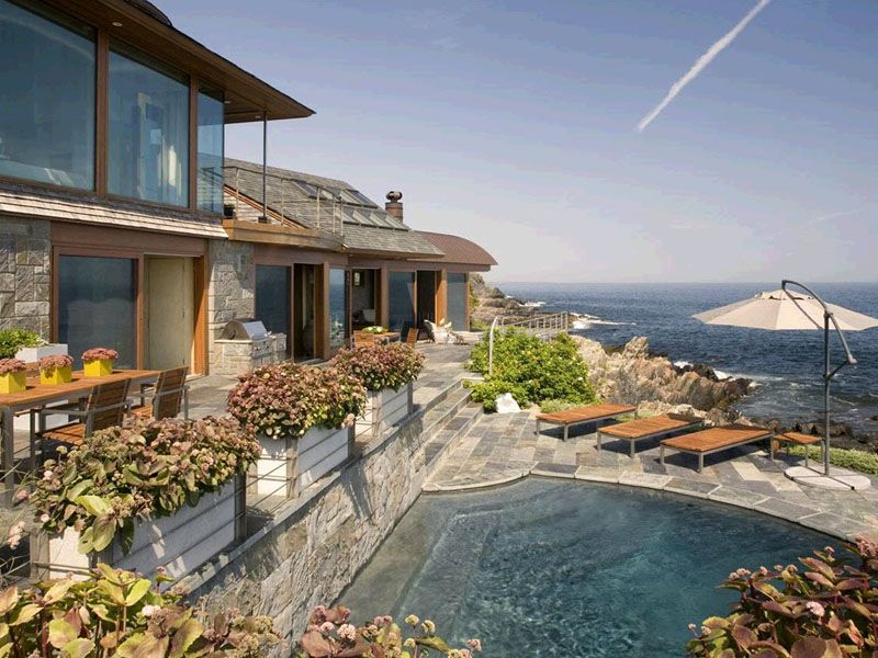 Dramatic Coastal Contemporary Home coolhousesfrontdoorcom