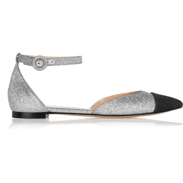 Gianvito Rossi Glitter-finished leather point-toe flats ($600) ❤ liked on Polyvore featuring shoes, flats, silver, pointy toe flats, leather pointy toe flats, pointed toe shoes, leather flat shoes and low heel shoes