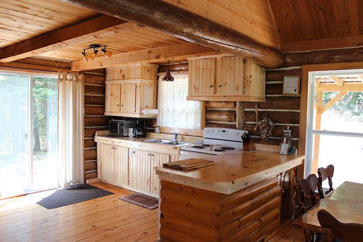 Chalet en bois rond recherche google chalet for Interieur chalet bois