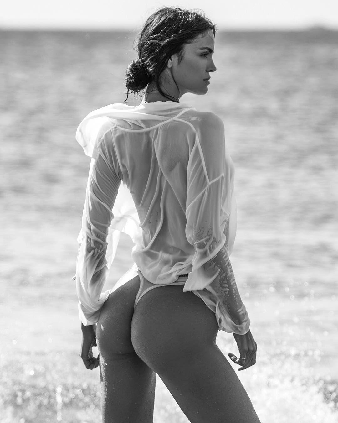 legs Instagram Sofia Resing naked photo 2017