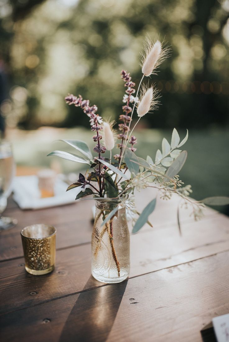Cora + Kendal // September 8th, 2018 // Lyons Farmette - Flower Decoration & Wedding Cakes | Boho Vintage Wedding #Floral Decoration #BohoVintage #Cora #Farms ...