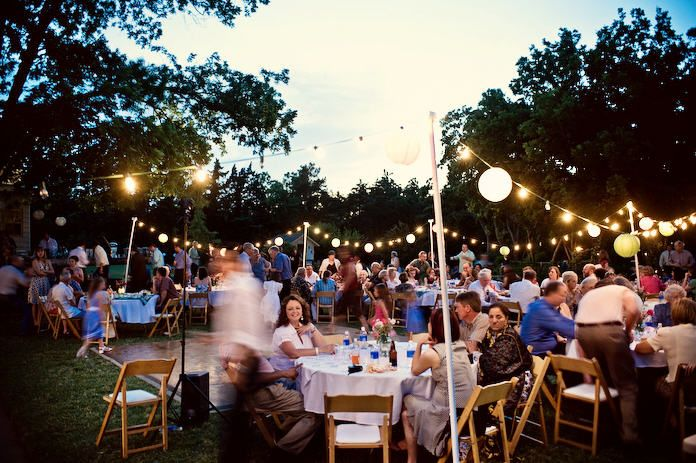 3 Casual Wedding Theme Ideas Luv This Outdoor Setting