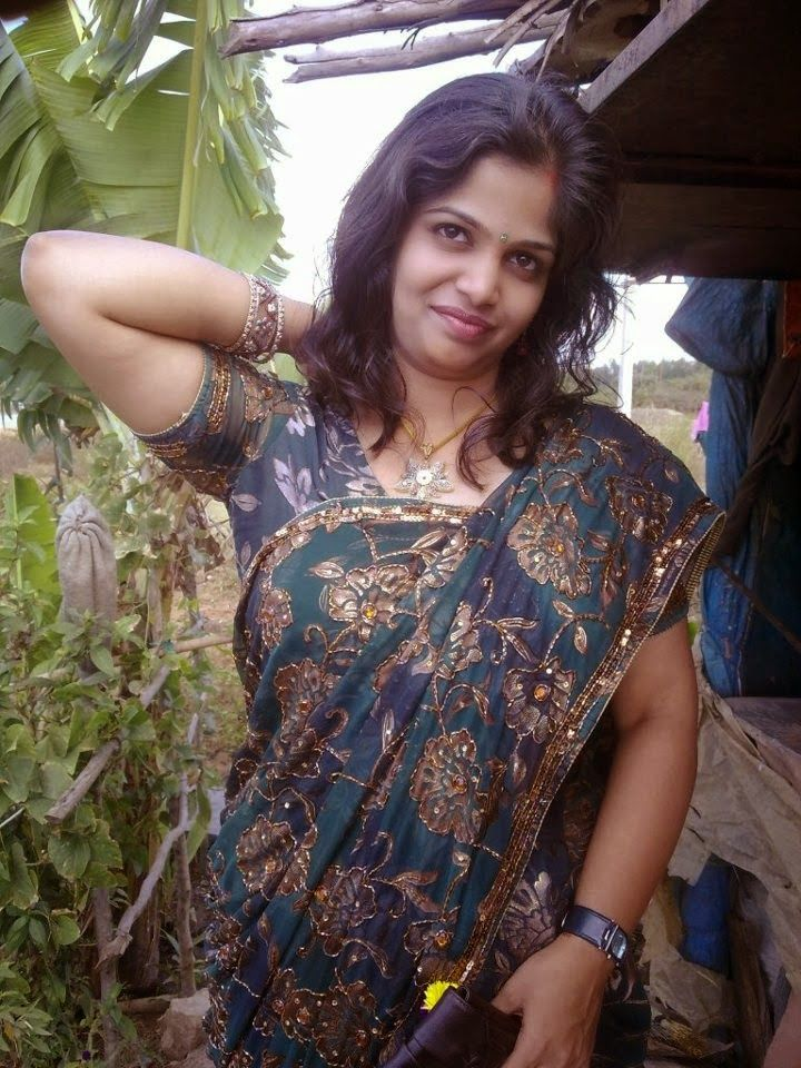 Indian Hot Bhabhi Enjoying Romance With Her Devar Follow Me  Pin It If U R Hot Aunty Seducingwithsexyeye Friends Wife Selfie Pics