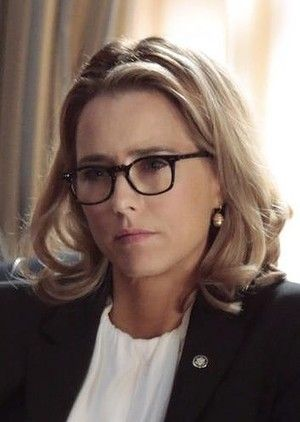Tea Leoni Madam Secretary Hairstyles Google Search Hairstyle Madam Secretary Hair Styles