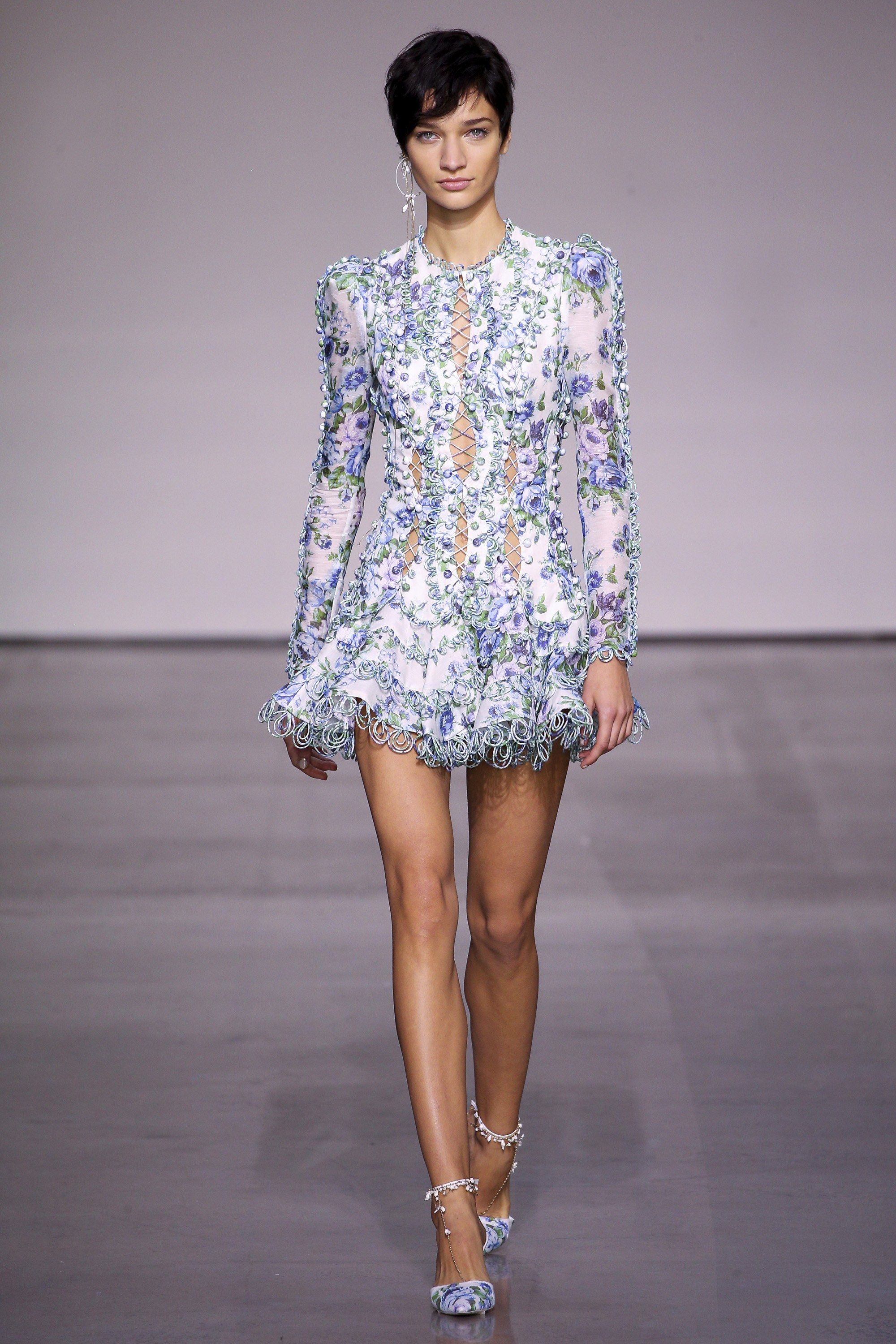 87851cb3738 Zimmermann Spring 2018 Ready-to-Wear Collection Photos - Vogue