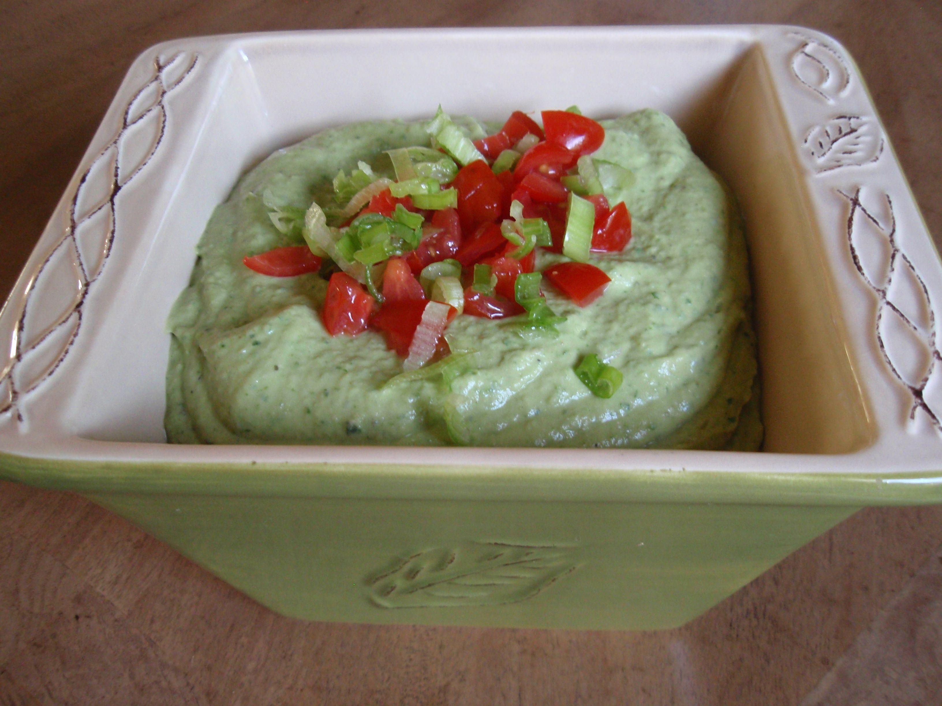 Spinach avocado bean dip/spread
