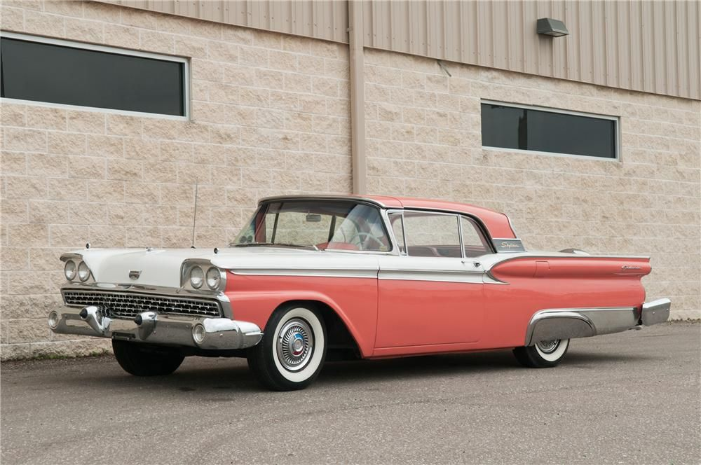 1959 FORD SKYLINER RETRACTABLE HARDTOP