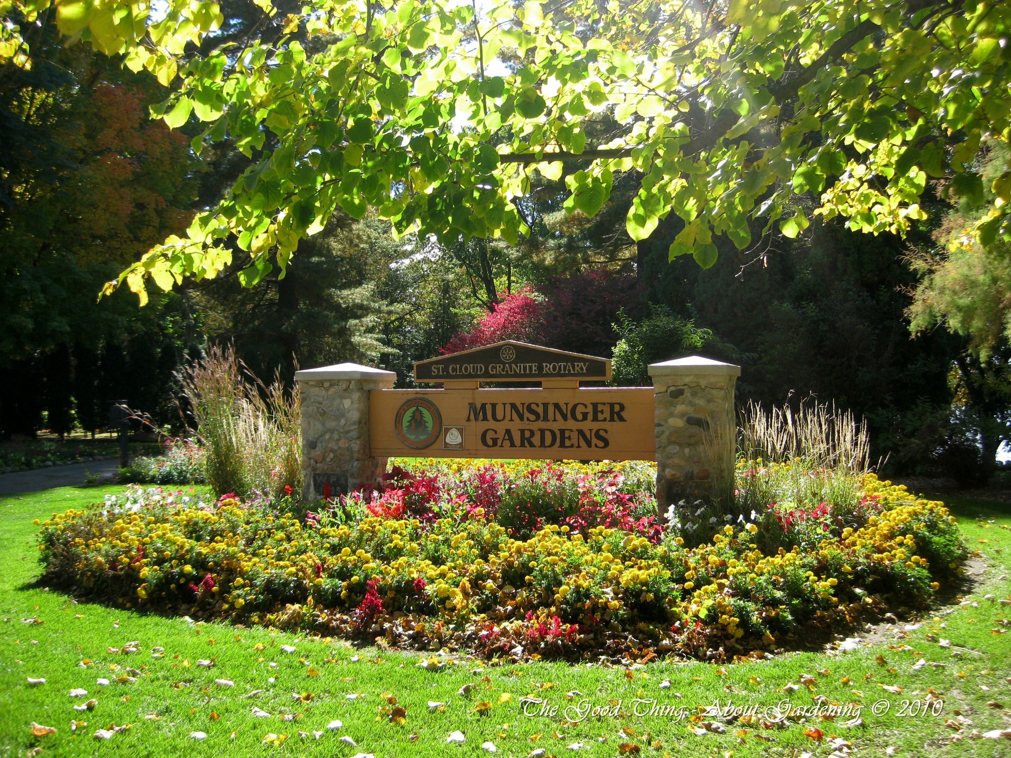 e163bc71b7480013c39f74d49004ecce - Best Time To Visit Munsinger Gardens