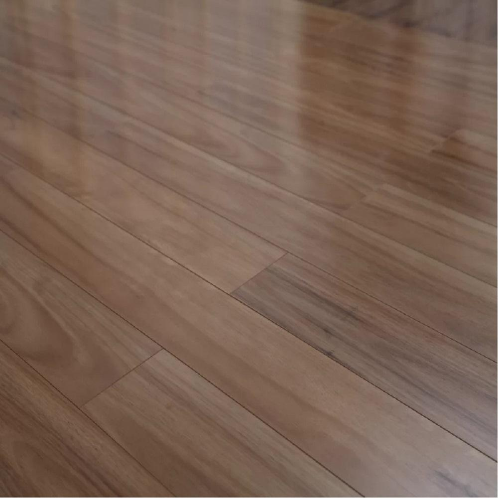Why You Should Install High Gloss Laminate Flooring In Your New Home Laminate Flooring Flooring Wood Laminate