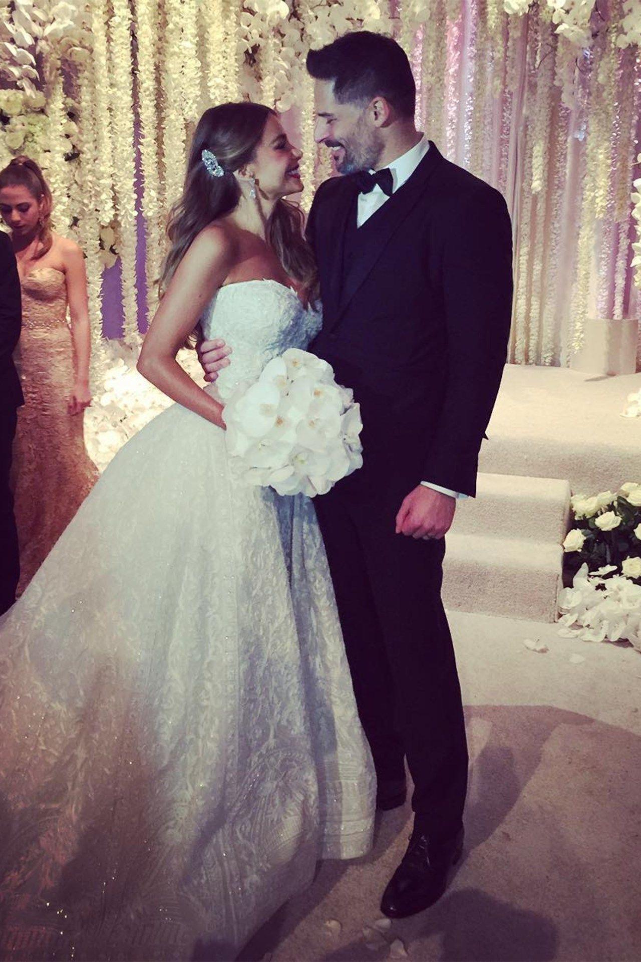 Bellas wedding dress  Inside Sofia Vergaraus Miami Wedding  starz  Pinterest  Mujeres