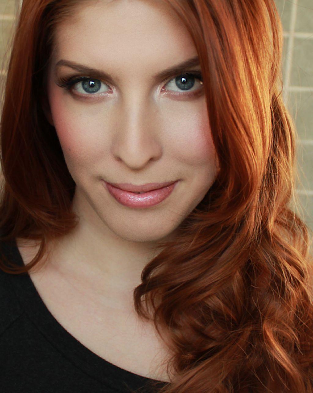 Best Red Hair Color For Blue Eyes And Fair Skin Jpg 1024 1288 Light Hair Color Red Hair Blue Eyes Hair Color Auburn
