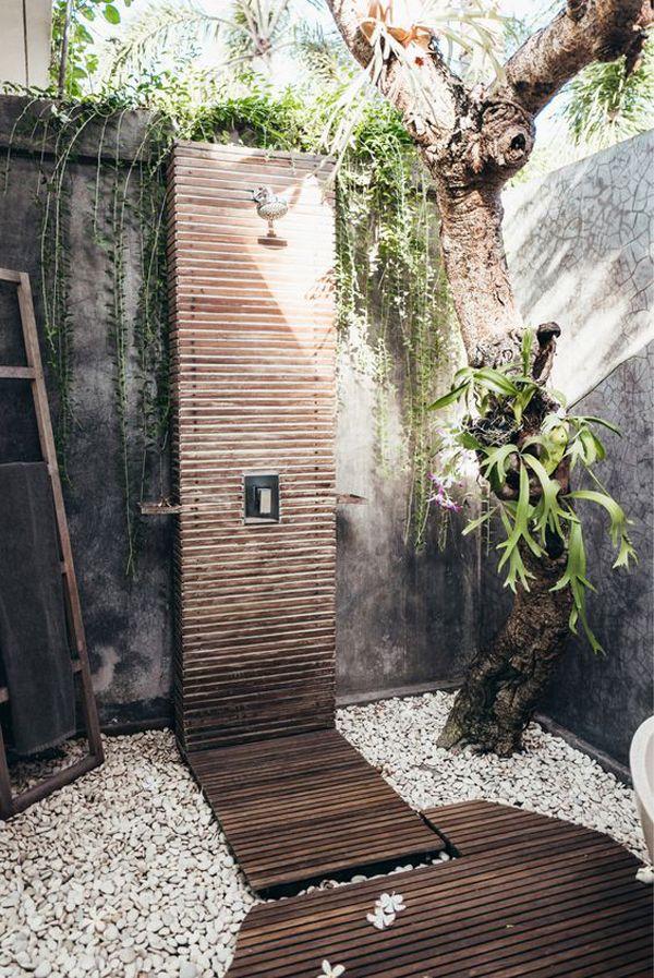 Photo of 20 Rinnova la doccia esterna con elementi in legno in natura