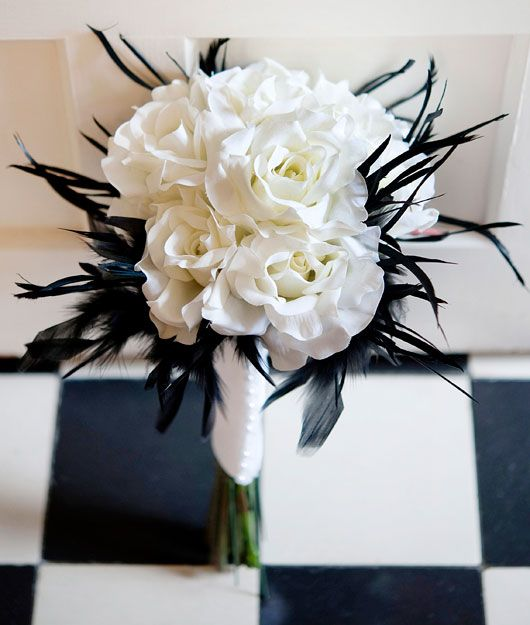 black and white bouquets | City Girl Meets Country Boy: Wedding ...