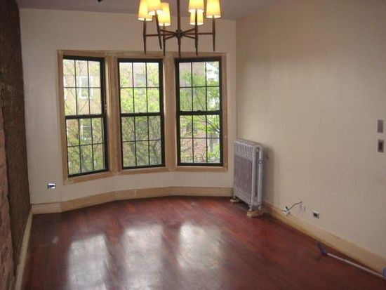 4 Bedroom 361 Franklin Ave Brooklyn Ny 11238 Http Www Zillow Com Homes For Rent Brooklyn N Brooklyn Apartments For Rent Brooklyn Apartment Renting A House