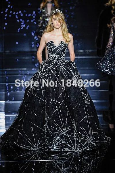 ph15940 zuhair murad couture 2015 Meteor black tulle ball gown with silver shooting star embroidery evening gown