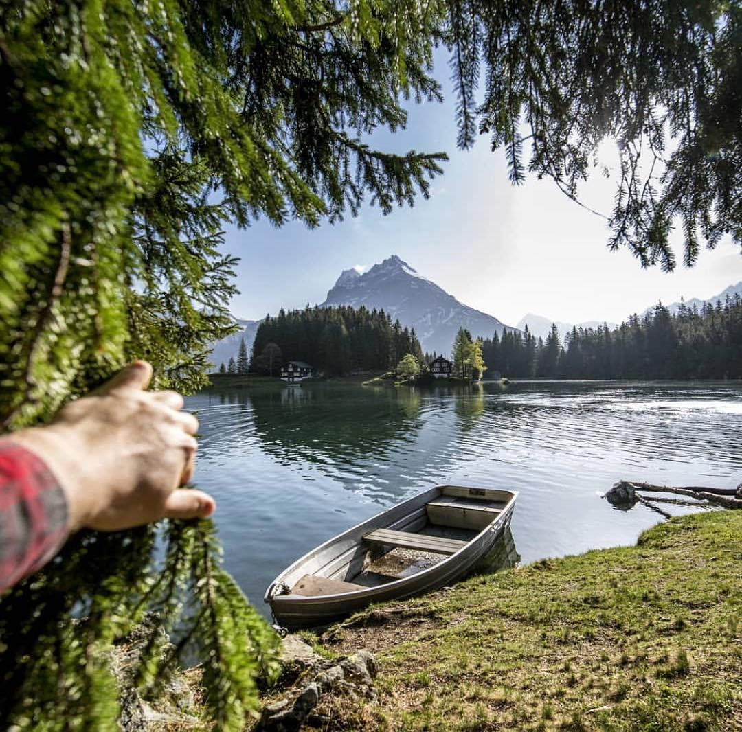 When The Curtain Falls An Idyllic Lake Suddenly Appears To Be Precise Arnisee In The Canton Of Uri This Tranquil Switzerland Tourism Idyllic Switzerland