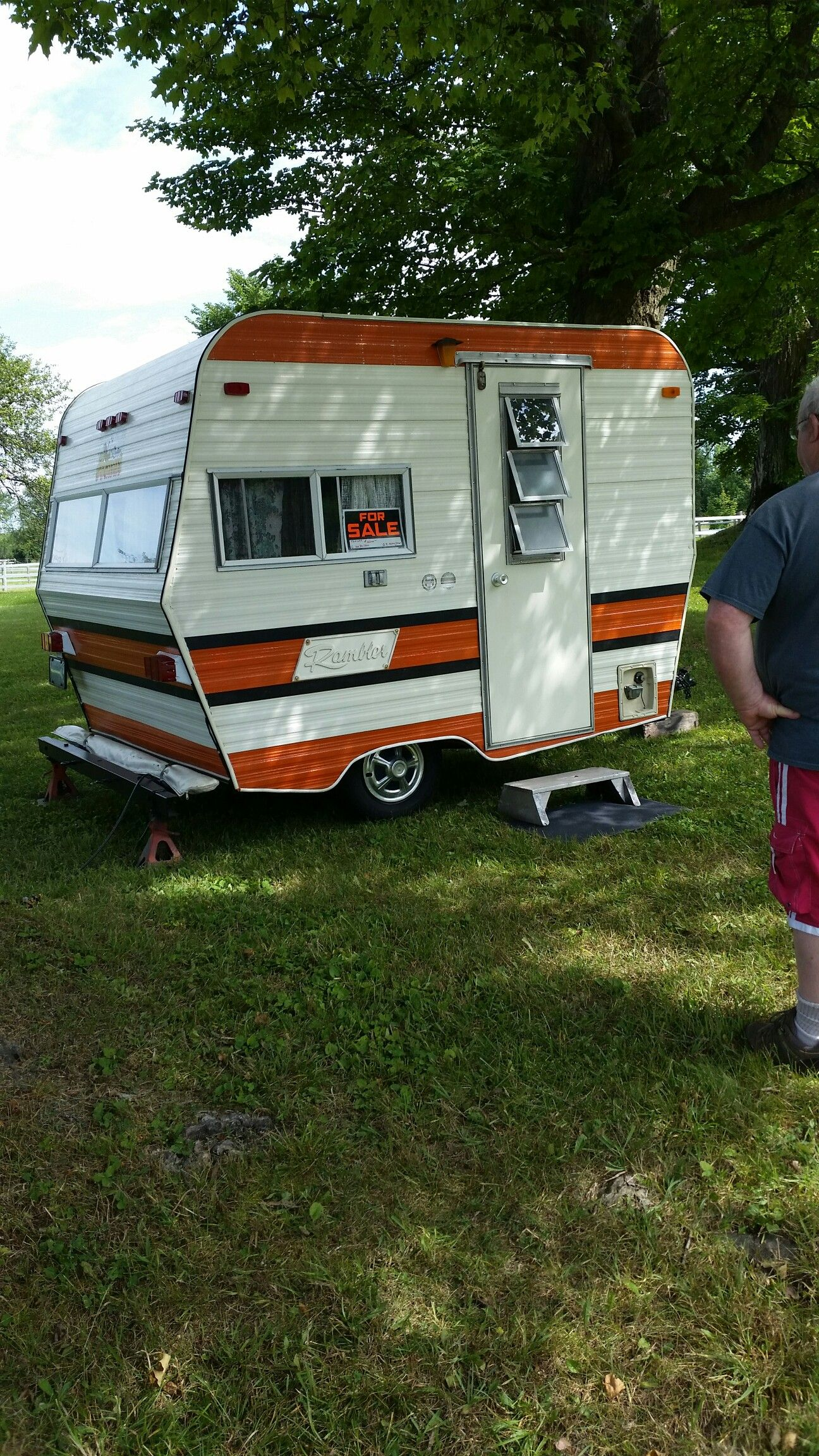 Travel Trailer Blue Book >> It Would Be Fun To Transform A Tiny Camper Like This My Happy