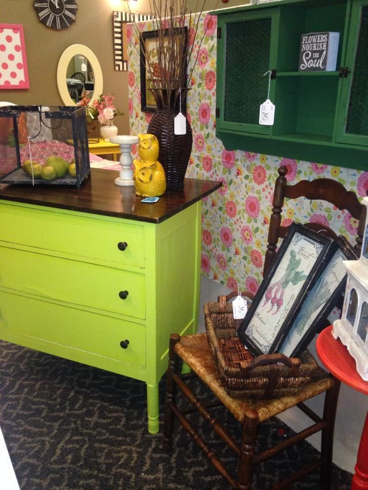 Here's how to clean leather furniture and revive it like new. Another amazing furniture-flip from Restore Decor in ...
