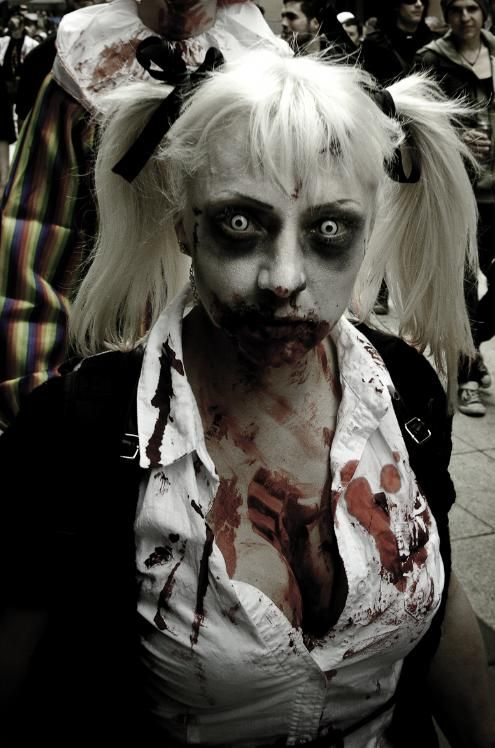 Zombie School Girl..freaky Contacts | Zombie Make Up ...
