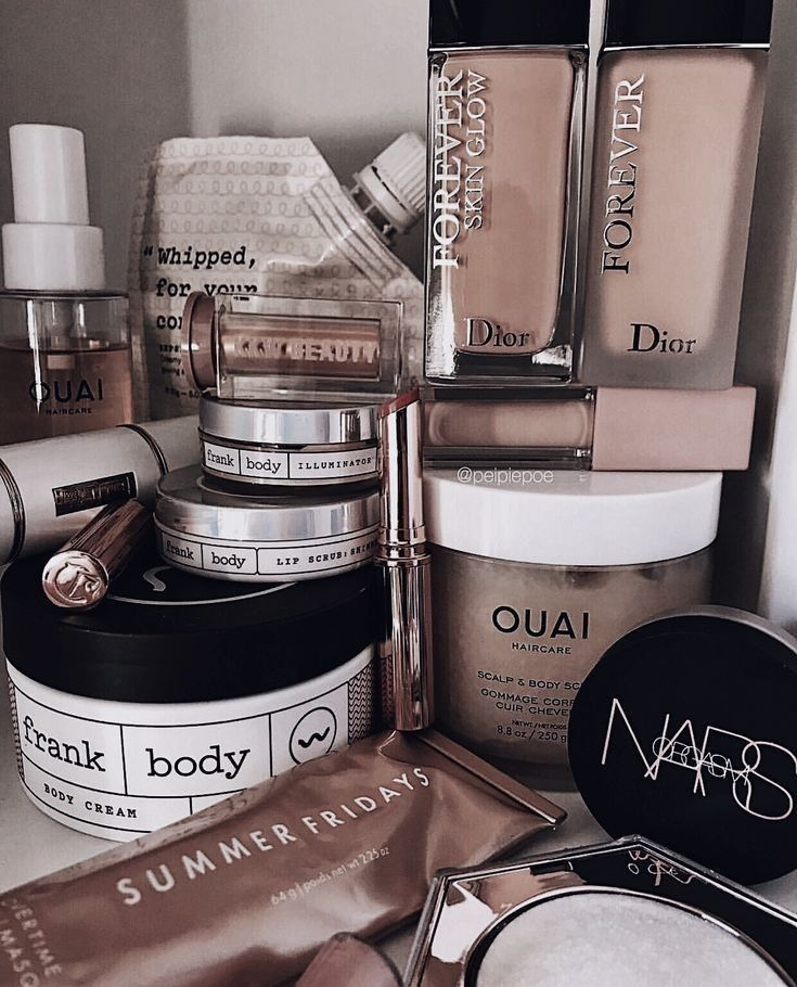 Pin by 𝐑𝐨𝐬𝐬𝐲 🌫🌫🌫 on m a k e u p High end makeup brands