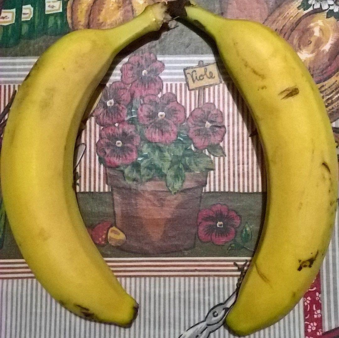 Banane e viole