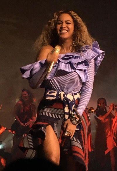 Beyoncé performing at the Parkwood Holiday Party/Lemonade Screening! (Dec. 15, 2016)