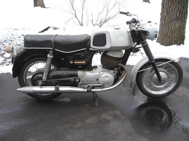 7 Twingle Ideas Classic Motorcycles Puch Vintage Motorcycles