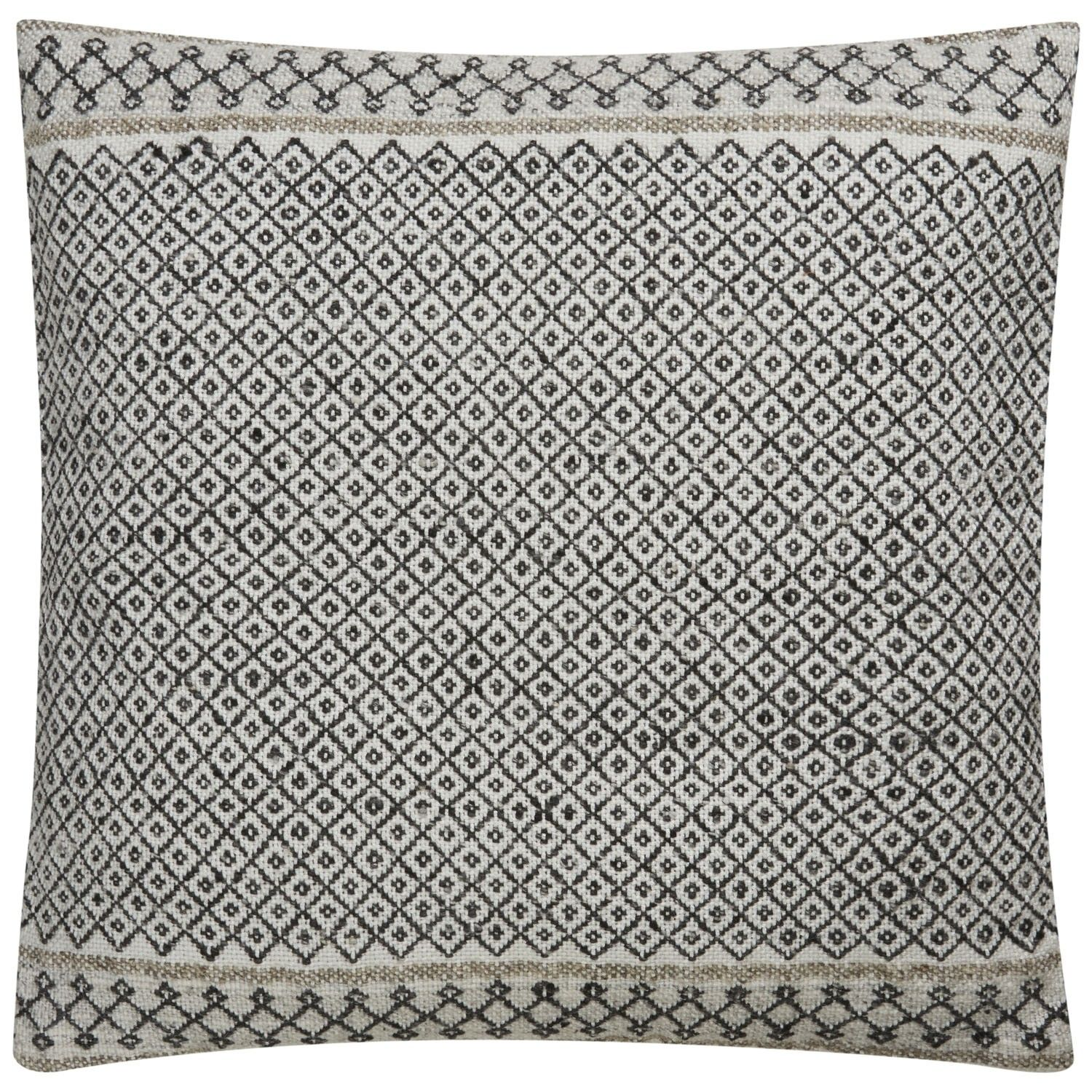 Made Of Viscose, Bamboo And Wool, Our Iwona Pillow Is